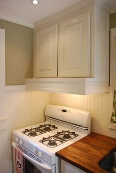 this & that: Kitchen love love love how they covered up the stove hood