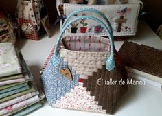 Patchwork Bags, Quilted Bag, Purse Wallet, Pouch, Japanese Bag, Log Cabin Quilts, Fabric Bags, Sewing Toys, Cotton Bag