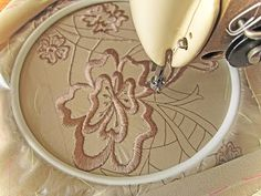 Designing by Thread with Terry White - Cherry Rug Part 1 Cutwork Embroidery, Embroidery Works, Machine Embroidery Projects, Japanese Embroidery, Machine Applique, Embroidery Stitches, Sewing Machine Projects, White Cherries, Acrylic Painting Lessons
