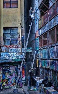 Phibs and Rone at work in Rutledge Lane  .2013..Burn City