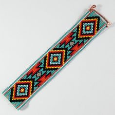 Indian style 413134965796134302 - Jemez Bead Loom Bracelet Bohemian Boho Artisanal by PuebloAndCo Source by benardmaude Native Beadwork, Native American Beadwork, Indian Beadwork, Loom Bands, Seed Bead Patterns, Beading Patterns, Motifs Perler, Bead Loom Bracelets, Tear