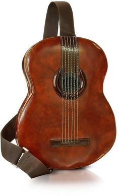 Pratesi Guitar Backpack w/MP3 Speaker Connection