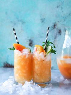 Pineapple Peach Agua Fresca : Non-alcoholic :: How Sweet Eats Non Alcoholic Drinks, Cocktail Drinks, Cocktail Recipes, Cocktail Ideas, Spring Cocktails, Drinks Alcohol, Prosecco Cocktails, Sweet Cocktails, Bourbon Drinks