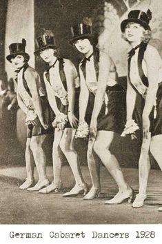 German-cabaret-dancers-1928