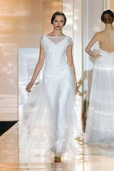 Amberlace MIQUEL SUAY Barcelona Bridal Week 2015