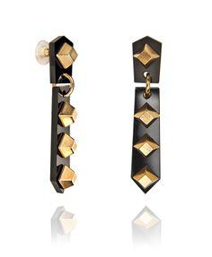 Jenifer black earrings :)