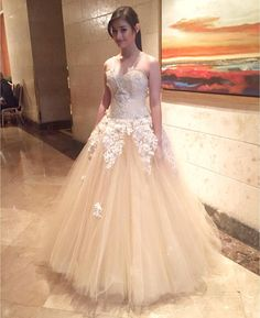 """""""@lizasoberano 