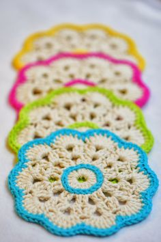 Here is an easy but elegant and beautiful crochet coasters . I love the simplicity of crocheting this; after crocheting one you can basically do them without reading the instructions. The pattern… Crochet Potholders, Crochet Squares, Crochet Granny, Crochet Motif, Crochet Doilies, Crochet Flowers, Crochet Patterns, Crochet Kitchen, Crochet Home