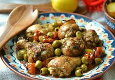Chicken drumsticks with lemon - Chicken drumstick - 8 pieces Salt - 1 tsp. Rosemary - 1 tsp. Lemon - 1 pc Cherry tomatoes - 12 pcs Green olives (pitted) - 100 g Sunflower oil - 4 tbsp. Vinegar (pink wine vinegar) - 2 tbsp. Honey - 1 …