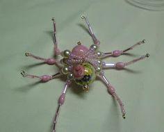 Shawkl: Beaded Spider Tutorial