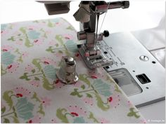 Handmadekultur_Portemonnaie_DIY_Version_modage.de23 Small Wallet, Sewing, Diy, Culture, Sewing Patterns, Tutorials, Dressmaking, Couture, Bricolage