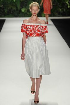 Naeem Khan Spring 2014 Ready-to-Wear Collection Slideshow on Style.com - embroidery idea