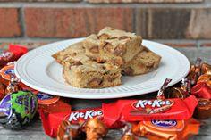 Hershey's Halloween Candy Cookie Bars - so yummy!!