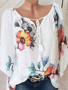 Buy Blouses, Online Shop, Women's Fashion Blouses for Sale - FlorydayPlus Size Geometric Vintage Round Neckline Sleeves Blouses - FlorydayShop Floryday for affordable Tops. Floryday offers latest ladies' Tops collections to fit every occasion. V Neck Blouse, Short Sleeve Blouse, Long Sleeve Blouses, Short Sleeves, Basic Shirts Damen, Mode Crochet, Latest Fashion Trends, Fashion Tips, Blouse Styles