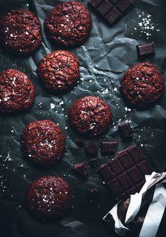 Salted Chocolate Brownie Cookies - Call Me Cupcake Chocolate Fudge Frosting, Chocolate Brownie Cookies, Chocolate Hazelnut, Chocolate Desserts, Galletas Cookies, Cupcake Cookies, Cupcakes, Yummy Cookies, Shortbread