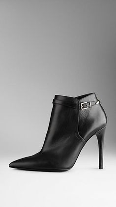 Buckle Detail Leather Ankle Boots | Burberry