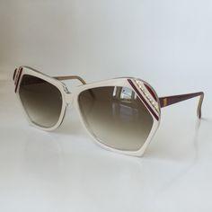 a8d8c0fa1e Oversized vintage sunglasses sunglasses Beige by LookEyewear