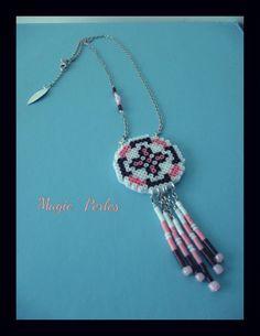 """Collier """"Rêves"""" marron,rose et blanc : Collier par magic-perles"""