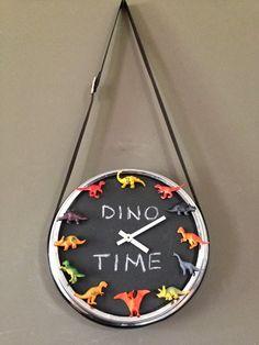 So fun! Dinosaur clock // Mommo Design