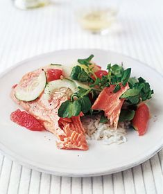Citrus salmon with watercress salad looks like it would make for a delicious lunch! via @Real Simple #winter #produce