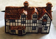 Vintage hand painted Shakespeare's House by John Putnam's Heritage Houses  | eBay