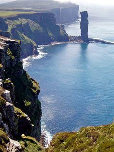 Hoy, Orkneys, Escocia. Hoy es la segunda isla mas grande del archipiélago después de Mainland. Se conecta a través de un paso llamado The Ayre to South Walls.
