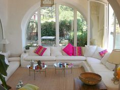 simple, bright, beautiful, comfortable, and has the feeling of being outdoors while in the home! <3