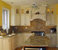 Butter cream glazed kitchen cabinets cream maple glazed for Buttercream kitchen cabinets