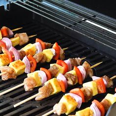 Ready to be obsessed with these Grilled Pineapple and Jerk Chicken Kebabs? Skewer this jerk chicken up with some peppers, onions, and fresh pineapple for a glorious and healthy chicken kebabs recipe! Sweet Potato Recipes Healthy, Healthy Dessert Recipes, Healthy Chicken, Protein Recipes, Pineapple Chicken Kabobs, Chicken Skewers, Chicken Kebab, Clean Dinner Recipes, Clean Eating Dinner