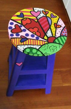 Idea Whimsical Painted Furniture, Hand Painted Furniture, Funky Furniture, Art Furniture, Upcycled Furniture, Furniture Makeover, Rock Painting Designs, Paint Designs, Painted Stools