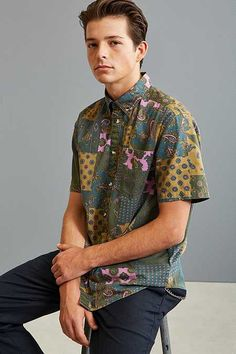 UO Patchwork Paisley Short Sleeve Button-Down Shirt