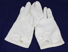 Vintage Glove Women's White Dress Gloves with by ilovevintagestuff, $7.00
