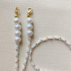 Beaded Jewelry, Handmade Jewelry, Beaded Bracelets, Unique Jewelry, Diy Bracelets Easy, Beaded Lanyards, Diy Necklace, Bracelet Patterns, Pearl Bracelet
