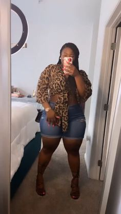 Thick Girls Outfits, Girls Night Out Outfits, Curvy Girl Outfits, Curvy Girl Fashion, Cute Casual Outfits, Fashion Edgy, Fashion 2018, Fashion Spring, Miami Outfits