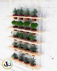 Der vertikale garten live screen danielle trofe  The Live Screen, by danielle trofe design, brings hydroponics to ...