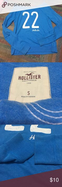 Hollister small sweater Signs of wear piling discoloration at sleeve Hollister Sweaters Crew & Scoop Necks