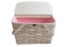 Picnic Basket - A Chic Carrier for our Chic Meal