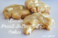 Ultimate Peanut Butter Cookies. Peanut Butter Cookie Mix with white chocolate chips and macadamia nuts. #peanutbuttercookies #cookierecipe #cookies http://www.3glol.net