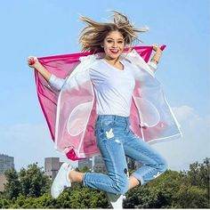 Your best source for everything related to the actress&singer Karol Sevilla 🕊 Karol liked ♡ Disney Channel, Most Popular Cartoons, Disney Shows, Famous Girls, Models, School Fashion, Christmas Colors, American Actress, Girl Power