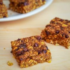 Pumpkin Oatmeal Bars - You won't miss the oil or butter in my healthy Pumpkin Chocolate Chip Oatmeal Bars!