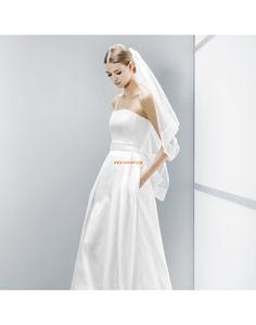 A-line Traîne moyenne Sans bretelles Robes de mariée pas cher