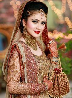 nude-brides-asian-ass