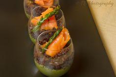 Il Risotto Perfetto: Bicchierini di riso venere con salmone affumicato e crema di asparagi
