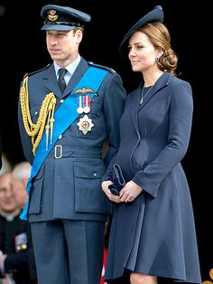 Kate Middleton and Prince William Pay Tribute to Afghanistan War Service