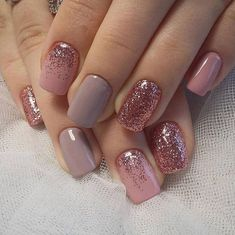 33 Glitter Gel Nail Designs For Short Nails For Spring 2019 Spring nail des. , 33 Glitter Gel Nail Designs For Short Nails For Spring 2019 Spring nail designs are essential to brighten up your look. A new season means new nails! Cute Nail Art Designs, Winter Nail Designs, Short Nail Designs, Nail Designs With Glitter, Art 33, Faux Ongles Gel, Gel Nagel Design, Short Gel Nails, Glitter Gel Nails