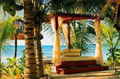 Blue Couples -hotelli El Dorado Seaside Suites on nimetty kymmenen maailman romanttisimman hotellin joukkoon. www.finnmatkat.fi #holiday #mexico #valentinesday