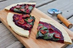 Guest Post by Tyler Evelyn – Bacon and Kale Pizza (Autoimmune Protocol-Friendly) June 21, 2014 in Categories: AIP-Friendly, Main Dishes, Sn...