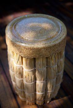 gina hsu + nagaaki shaw: straw stool-- Super interesting idea to achieve different textures