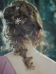 Hermine Grangers Hair Style For The Ball Hermione's Hair At The