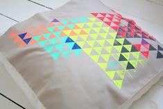 Cushions, Pillows, Napkins, Textiles, Neon, Rugs, Tableware, Blankets, Wordpress